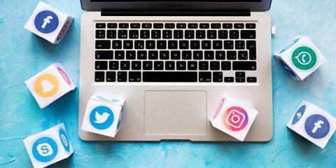 How do I become a Social Media Expert 2021